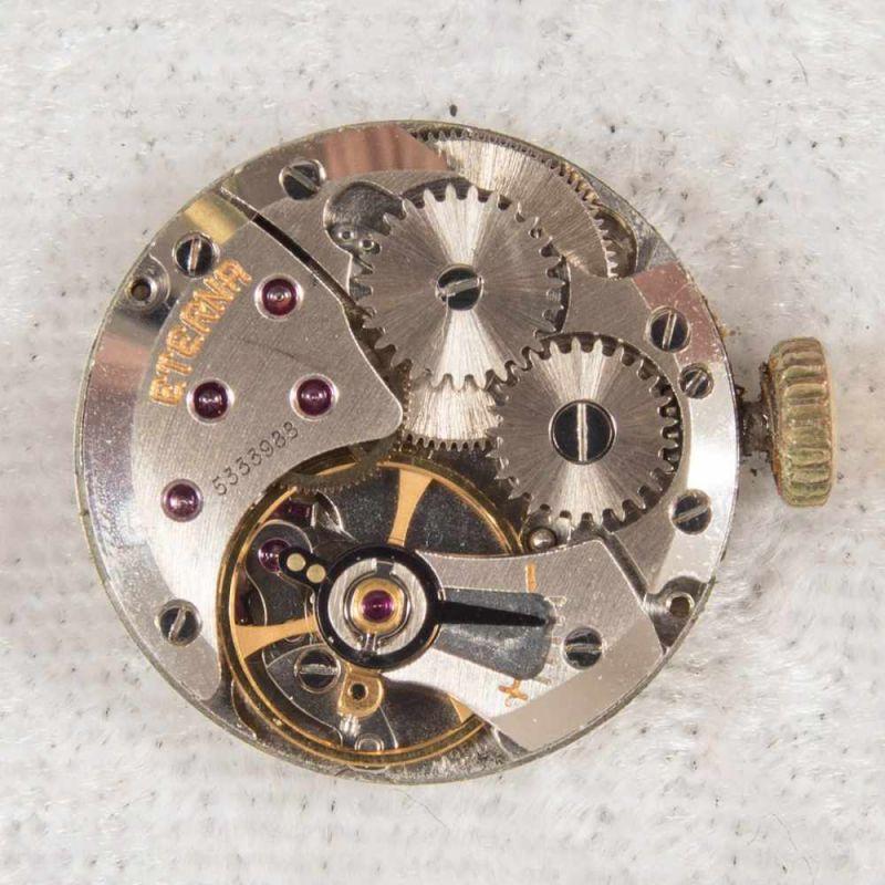 """Lot 5830 - """"ETERNA""""-Damenarmbanduhr. 585er Gelbgoldgehäuse.Werk nicht auf Vollständigkeit und Funktion geprüft."""