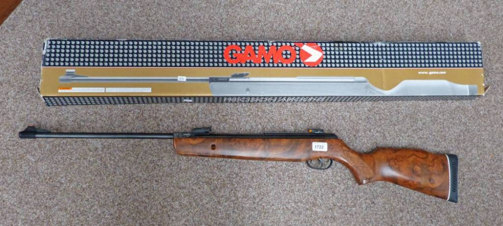 GAMO HUNTER 440  22 CAL AIR RIFLE WITH BOX - BUYER MUST BE
