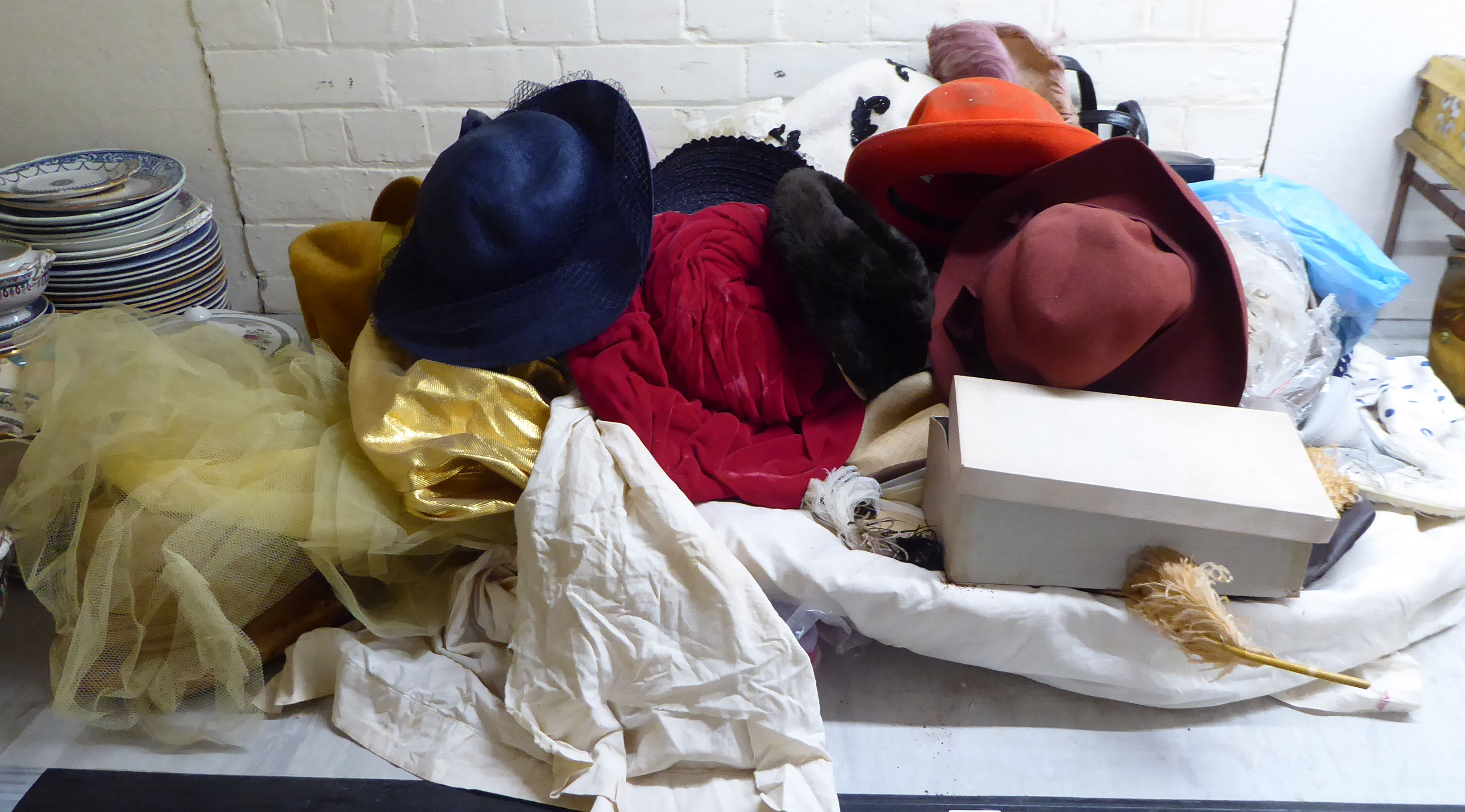 Lot 5 - Vintage and later women's fashion accessories: to include variously made and designed hats