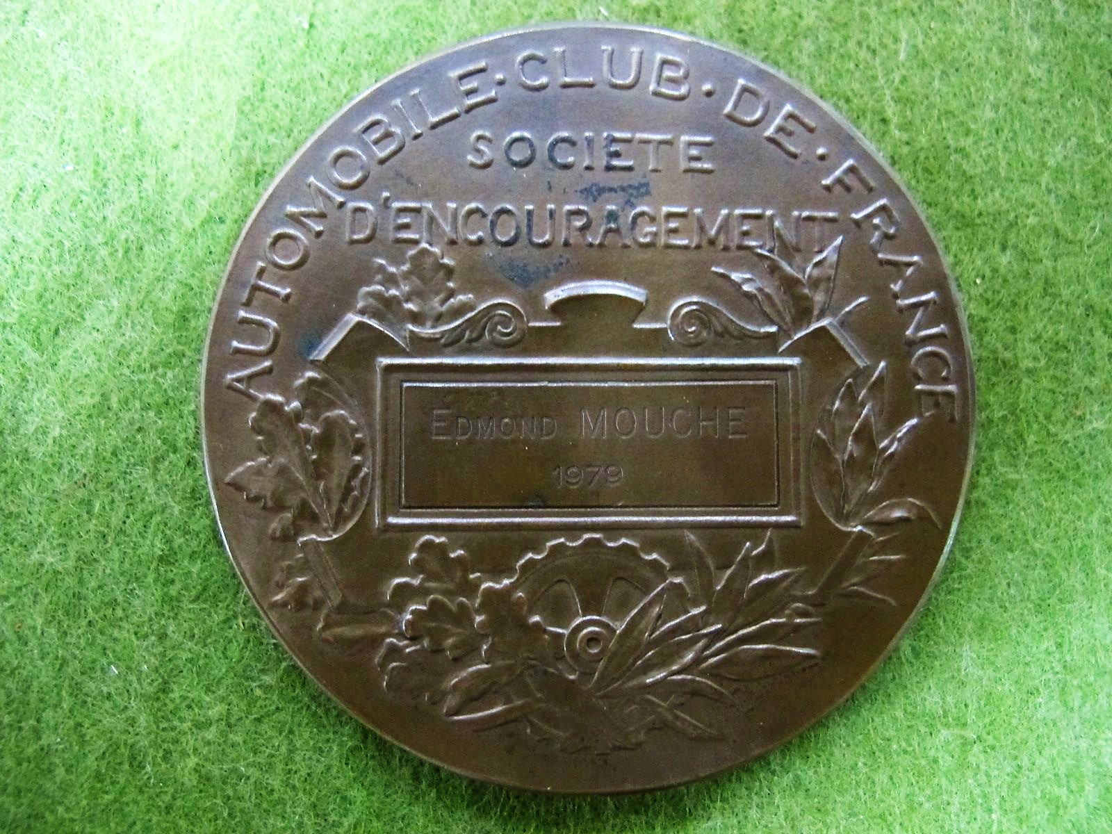 Lot 19 - Automobile Club De France Societe D'Encouragement Bronze Medal Inscribed Edmond Mouche 1979.