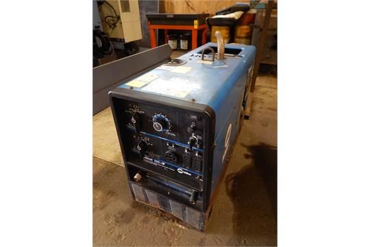 Miller Bobcat 225NT CC/CV/AC/DC 8000 Watt Welder Generator with Gas