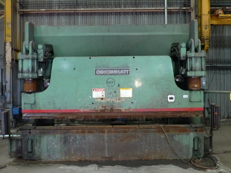"Cincinnati 350-Ton x 12' Hydraulic Press Brake | Model 350 CBII; 14' LOA - 12' 6"" Between - Image 2 of 17"