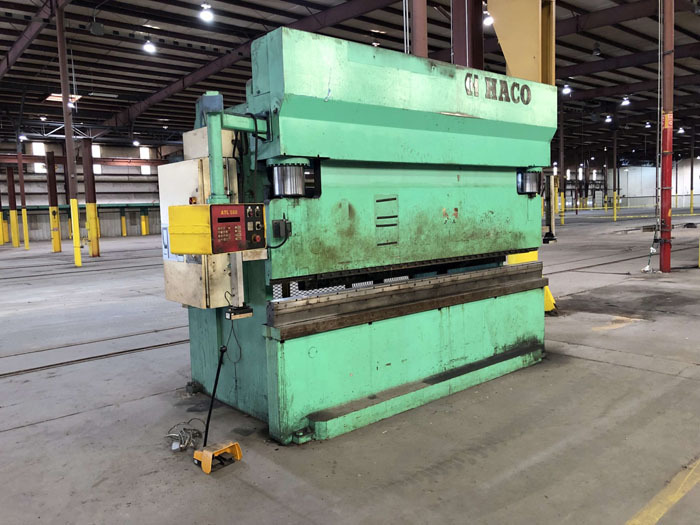 1998 Haco CNC Hydraulic Press Brake | 300 Ton x 12', Mdl: PPM36300, S/N: 58738, Located In: - Image 3 of 20