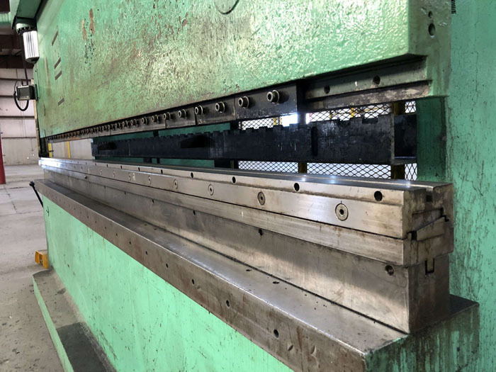1998 Haco CNC Hydraulic Press Brake | 300 Ton x 12', Mdl: PPM36300, S/N: 58738, Located In: - Image 7 of 20