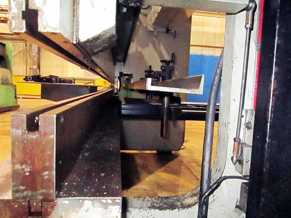 1986 Pacific CNC 2 Axis Hydraulic Press Brake | 110-Ton x 12', Mdl: J110-12, S/N: 9999 - 6426P - Image 10 of 11