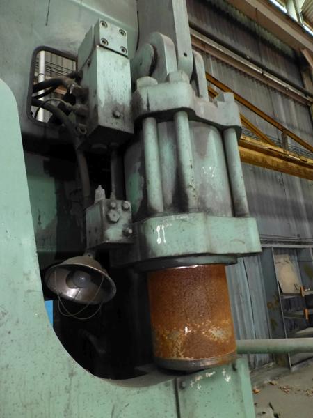 "Cincinnati 350-Ton x 12' Hydraulic Press Brake | Model 350 CBII; 14' LOA - 12' 6"" Between - Image 6 of 17"
