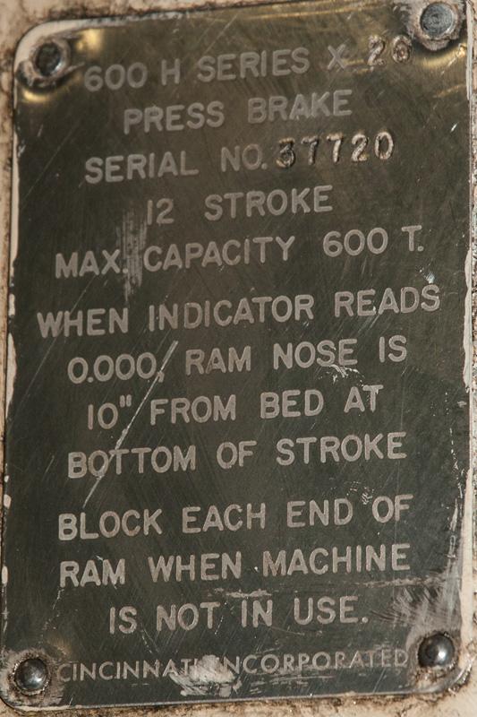 Cincinnati CNC Hydraulic Press Brake | 600 Ton x 30', Mdl: 600H x 26, S/N: 37720 - 8047P - Image 12 of 12