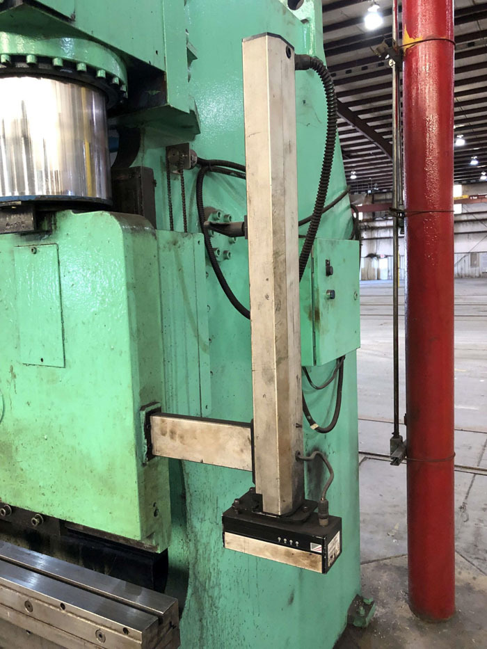 1998 Haco CNC Hydraulic Press Brake | 300 Ton x 12', Mdl: PPM36300, S/N: 58738, Located In: - Image 9 of 20