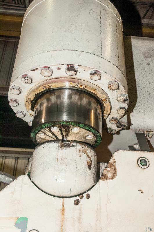 Cincinnati CNC Hydraulic Press Brake | 600 Ton x 30', Mdl: 600H x 26, S/N: 37720 - 8047P - Image 7 of 12