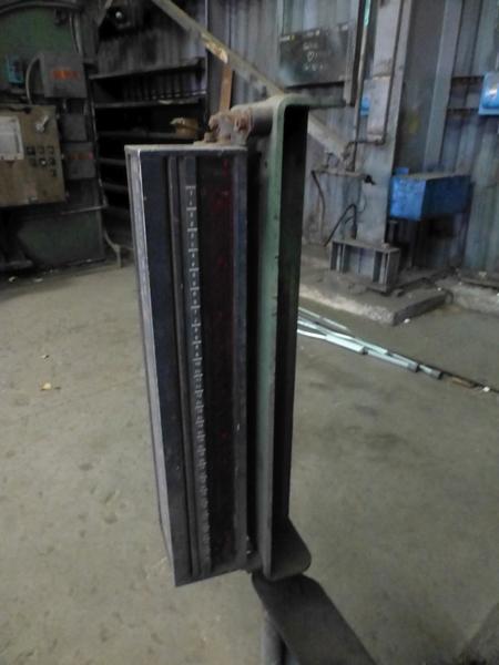 "Cincinnati 350-Ton x 12' Hydraulic Press Brake | Model 350 CBII; 14' LOA - 12' 6"" Between - Image 16 of 17"