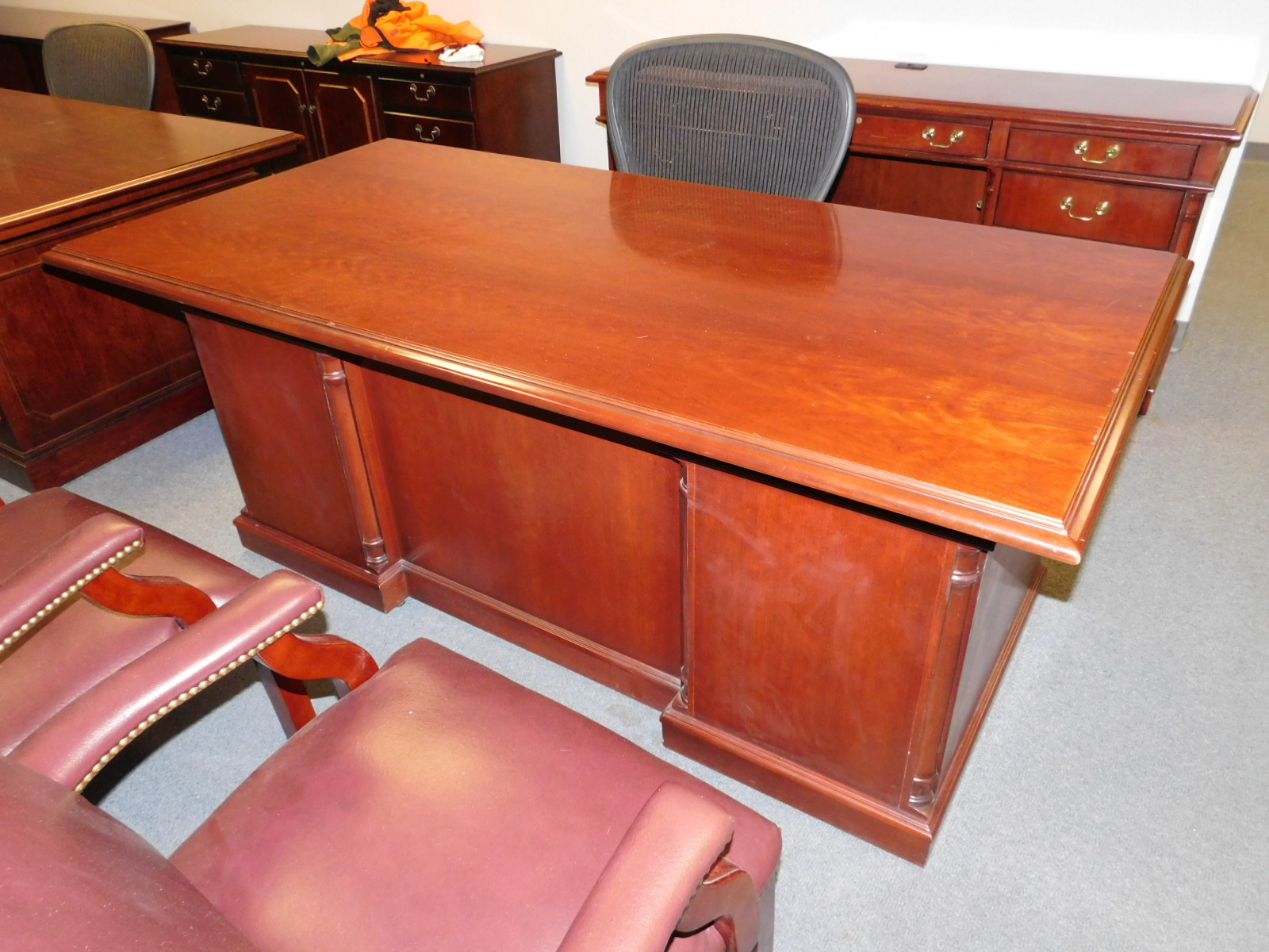 Ofs Office Furniture Suites Cherry Mahogany Traditonal