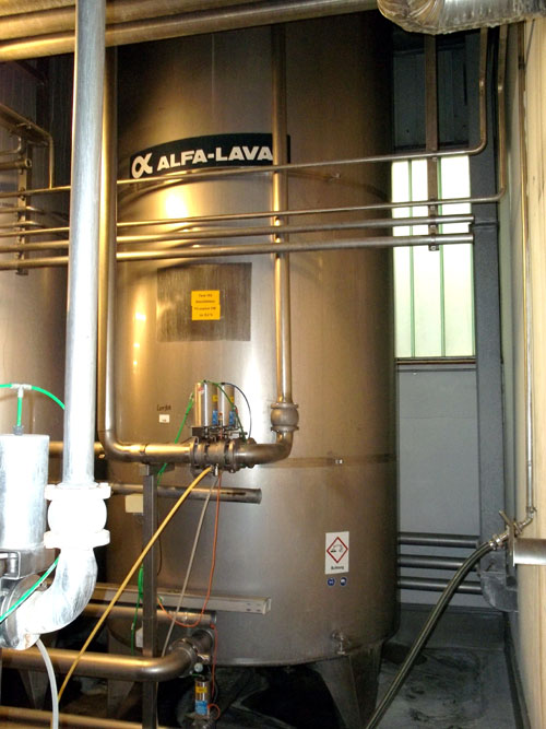 Lot 168 - Alfa-Laval Tank, 10000 Liter (2641 Gallon), Type TV, Stainless Steel, Vertical. Coned bottom.