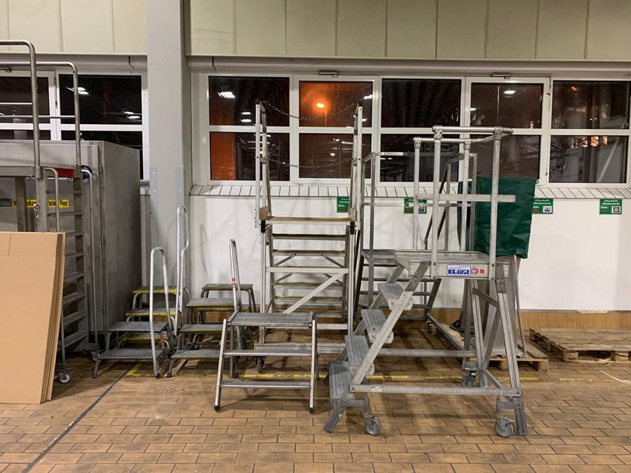 Lot 336 - Misc ladders