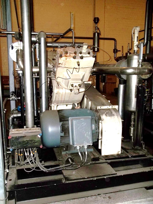 Lot 130 - Neuman & Esser CO2 Compressor, Type 2V 2. Output 159 Nm3/h. Serial# 870060A, New 1987. (