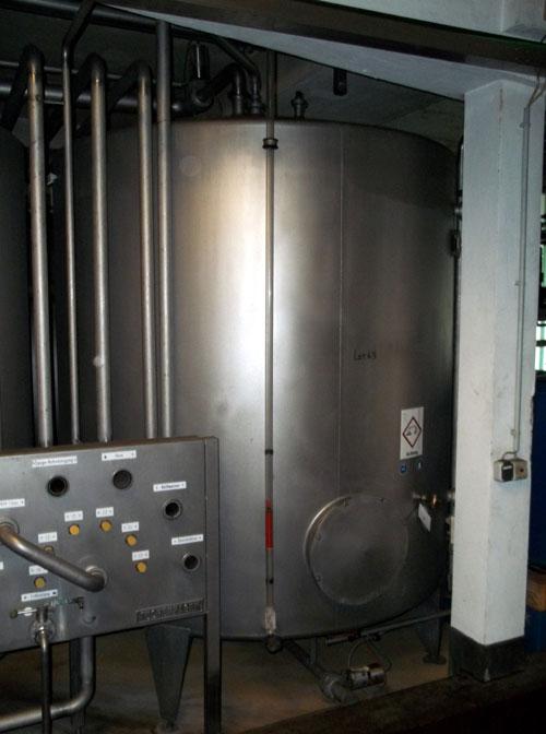 Lot 63 - Tuchenhagen stainless steel 6100 liter (1613.7 gallon) capacity tank on legs. New 1995 (