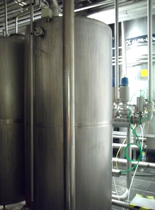 Lot 138 - Alfa-Laval Tank, 1500 Liter (396 Gallon), Type TV, Stainless Steel, Vertical. Coned top & bottom.