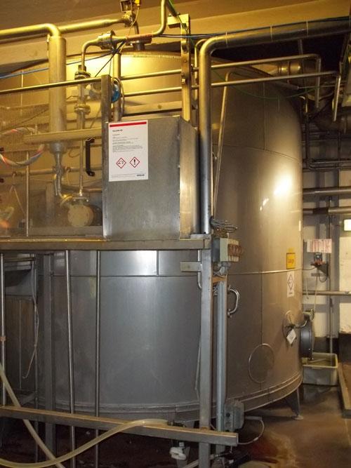 Lot 64 - Tuchenhagen stainless steel 10000 liter (2645.5 gallon) capacity tank on legs. New 1995. (