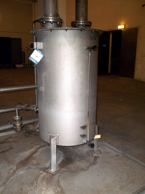 Lot 126 - Linde Tank, 453 Liter (119 Gallon), Stainless Steel, Vertical. Serial# 952311/3, New 1995. (