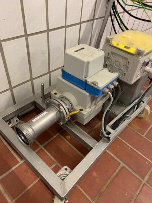 Lot 353 - Fischer & Porter flow measuring device