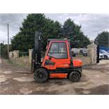 TOYOTA 62 3 TON DIESEL FORKLIFT, RUNS WORKS AND LIFTS, FULL GLASS CAB *PLUS VAT*