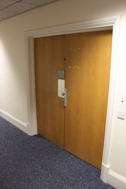 Lot 86 - Split fire rated door each being 840mm x 2030mm x 45mm >>Lift out charge  10
