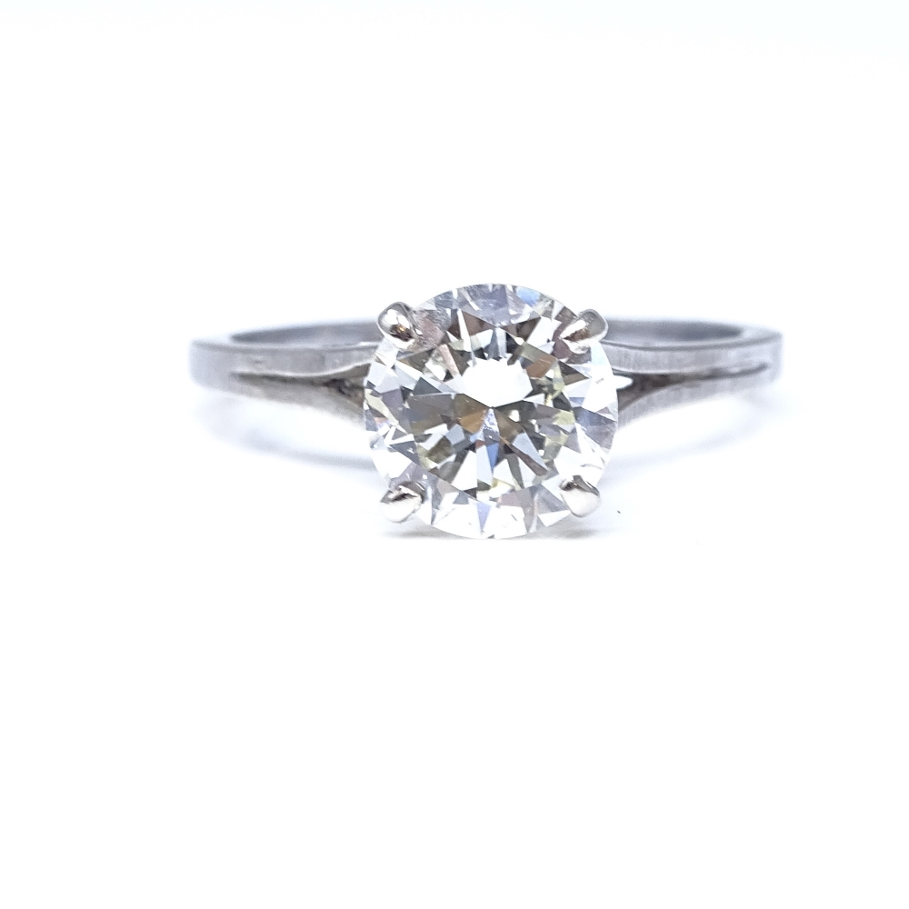 A 14ct white gold 1.6ct solitaire diamond ring, high 4-claw setting, diamond weighs approx 1.6ct,