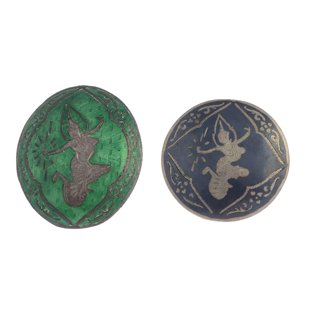 Lot 27 - A selection of silver and white metal Siam jewellery. To include a niello brooch of circular