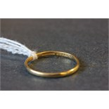 Lot 28 - 22ct gold wedding band