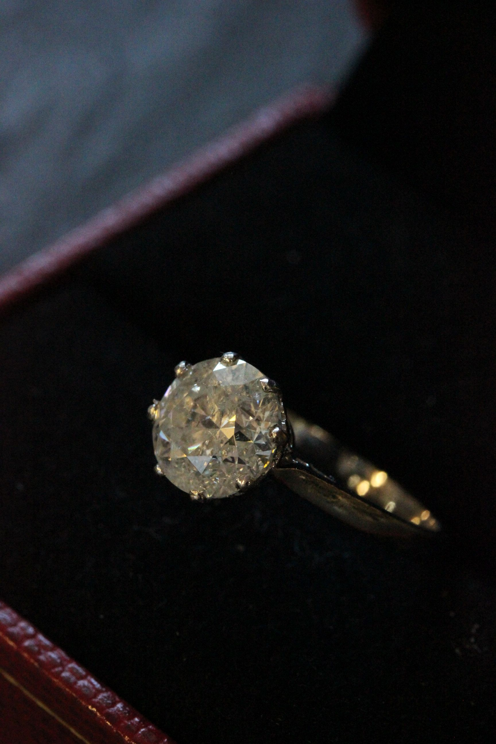Lot 59 - Very substantial brilliant cut diamond solitaire of over 2.6ct's