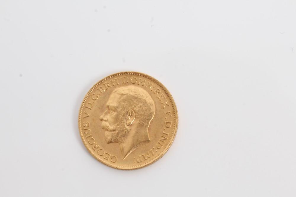 Lot 39 - G.B. gold Sovereign George V 1913.