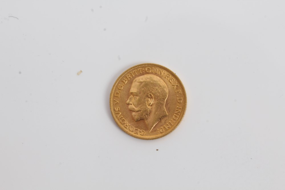 Lot 6 - G.B. gold Sovereign - George V 1913.