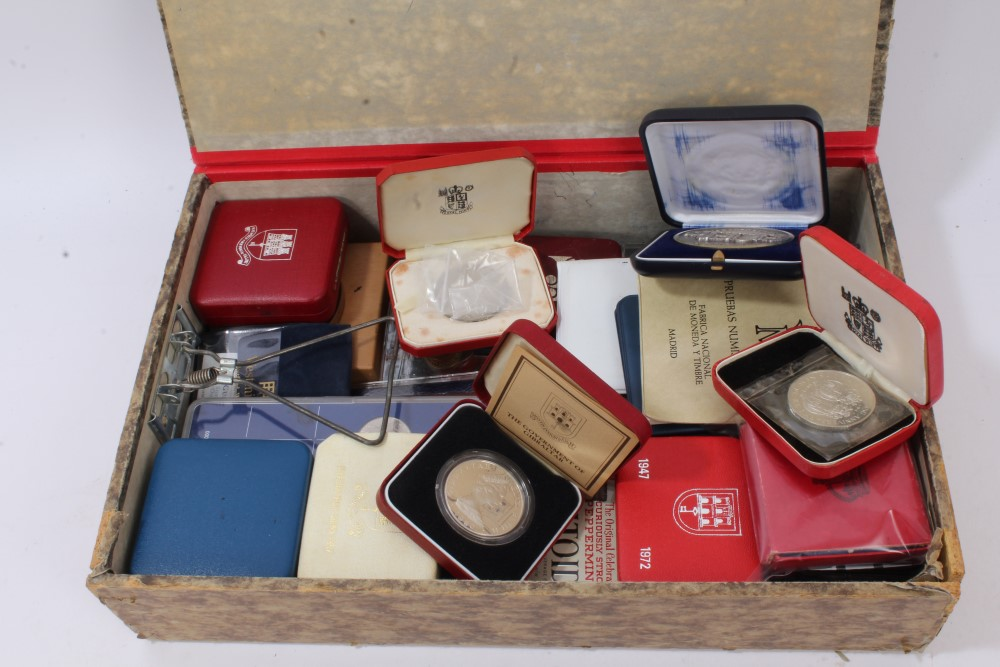 Lot 38 - World - mixed coins and medallions - to include Royal Mint Proof silver Crowns Gibraltar 1972,
