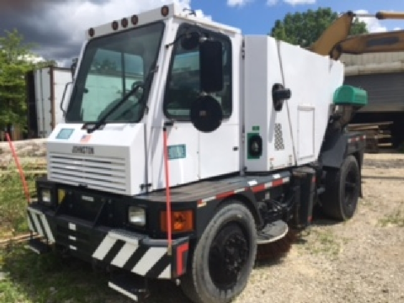 2007 Johnston Street Sweeper, Model #4000 NYC, diesel, serial 20AY-143, 20,900 miles, 4617 hours...