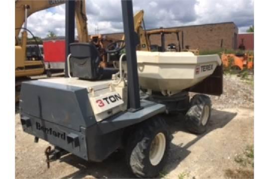 Terex Benford 3 Ton hydraulic concrete buggy  Diesel, Model