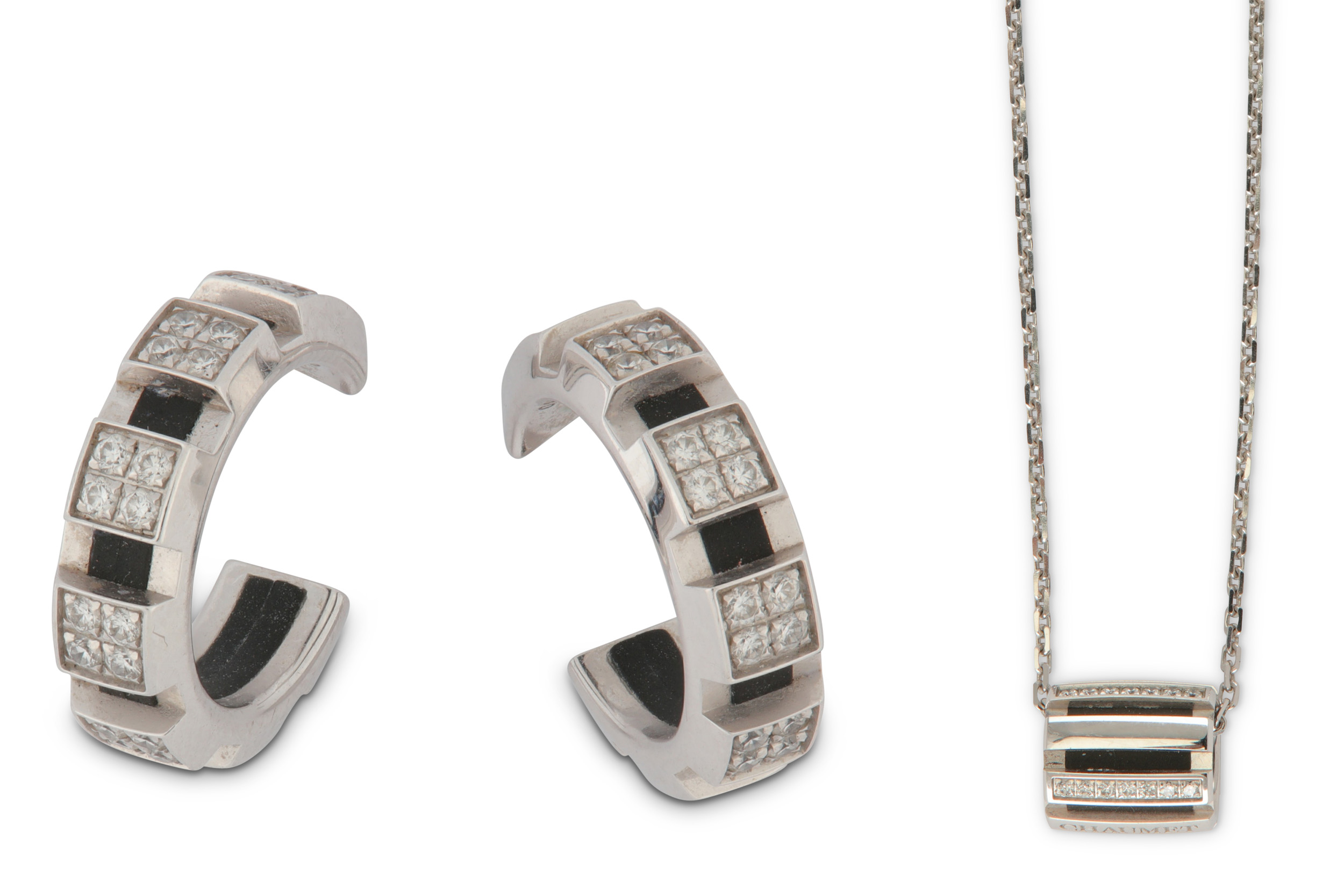 Lot 14 - A diamond-set'Class One'earring and pendant necklace suite, by Chaumet