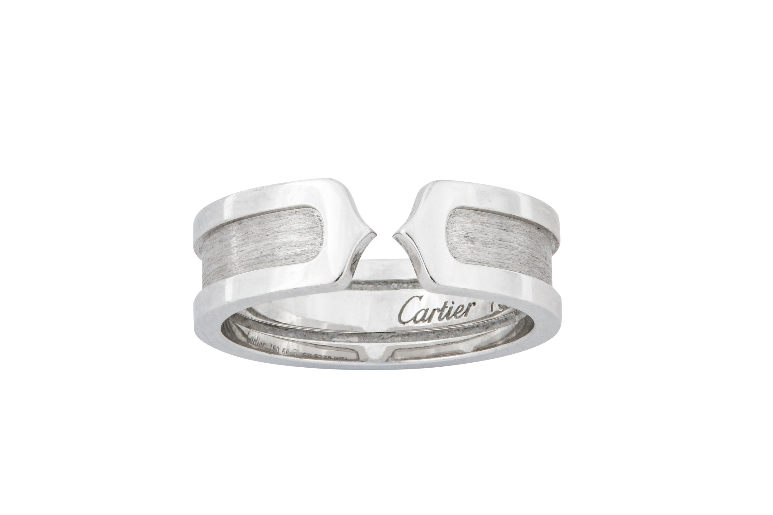 Lot 15 - A 'Logo' ring, by Cartier