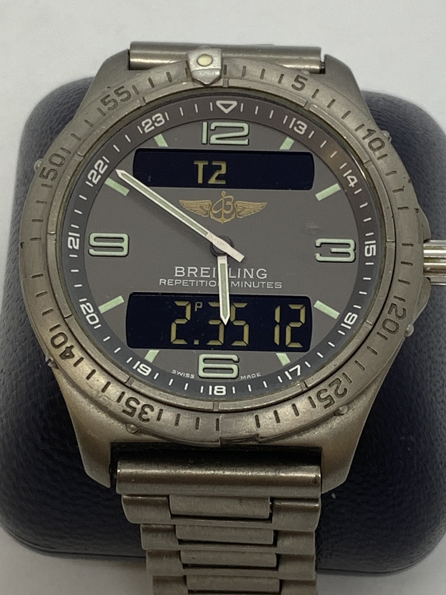 BREITLING TITANIUM WATCH A/F - Image 3 of 15