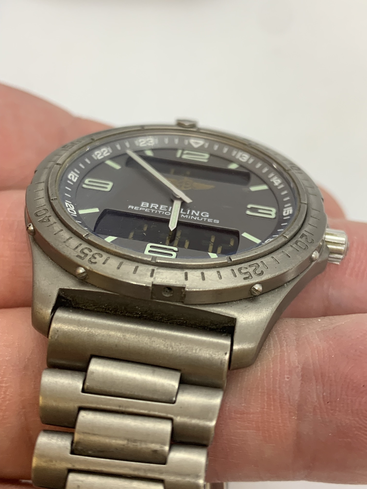 BREITLING TITANIUM WATCH A/F - Image 13 of 15