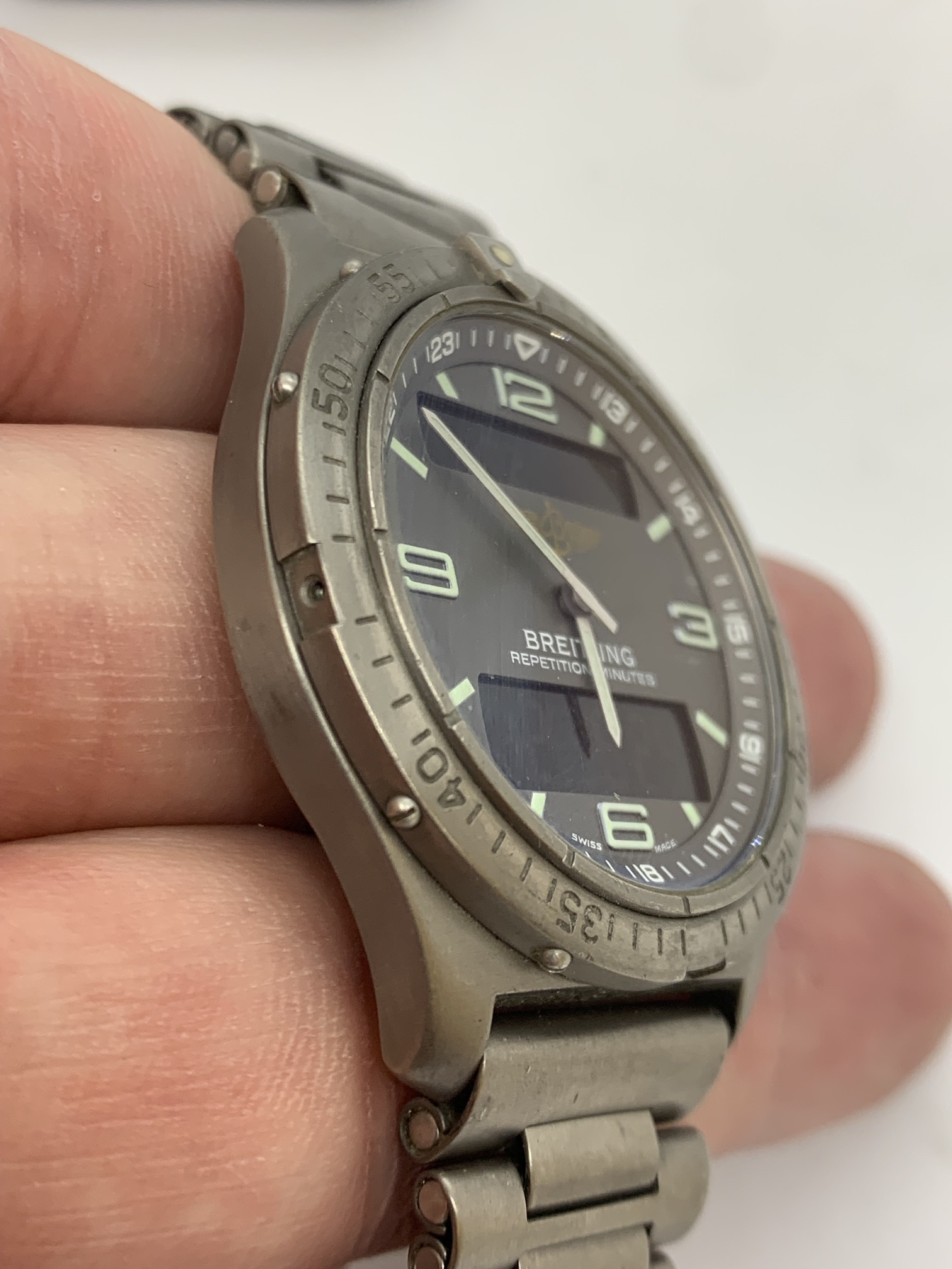 BREITLING TITANIUM WATCH A/F - Image 2 of 15