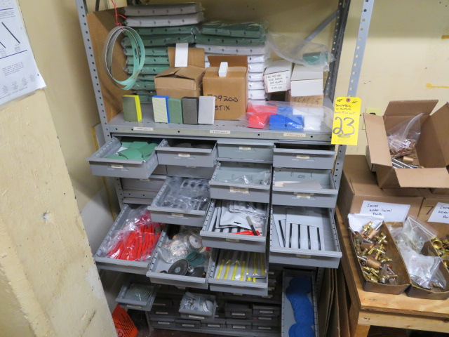 CONTENTS OF SHELF INCLUDING HAND FILES & SCRUB PADS