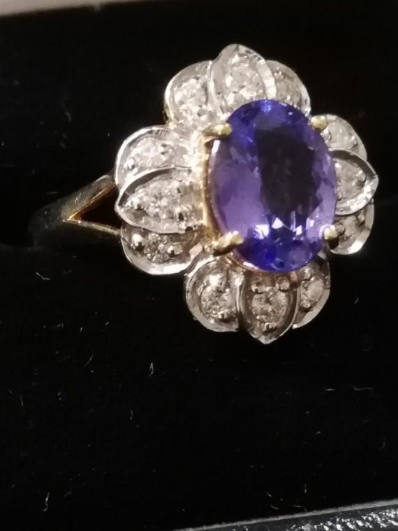 18ct Tanzanite and Diamond ring