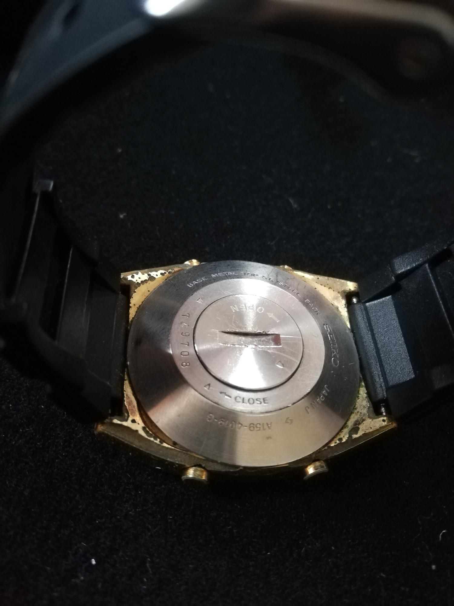 Seiko quartz LC wristwatch on rubber strap in original box - Image 3 of 3