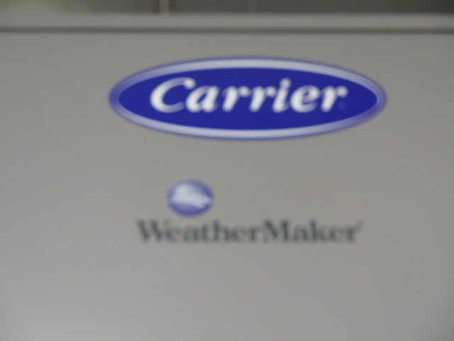 "Lot 9 - Carrier ""Weather Maker"" 48TCDD12A2A6A0A0G0 10 Ton Gas Electric and AC 460V – 3ph"
