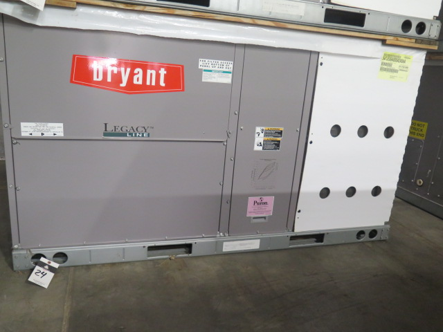 "Lot 24 - Bryant ""Legacy Line"" 547JE06A000A2A0AAA 5 Ton Heat Pump 460V-3ph"