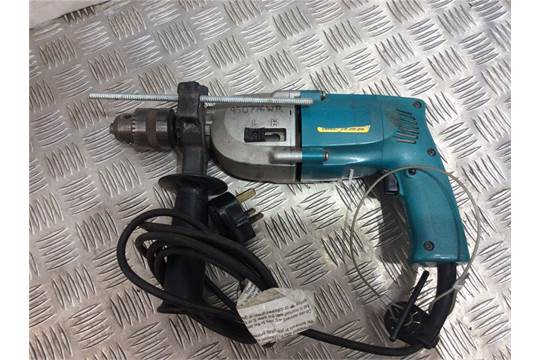 048484 MAKITA 8419B 2 SPEED PERCUSSION DRILL 240V Appraisal FAIR