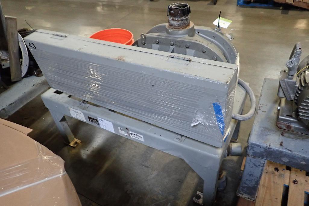 Lot 19 - Xchanger rotary lobe blower, Model 8HF/40HP, SN 1082 B876(9), missing motor **Rigging FEE: $50 **
