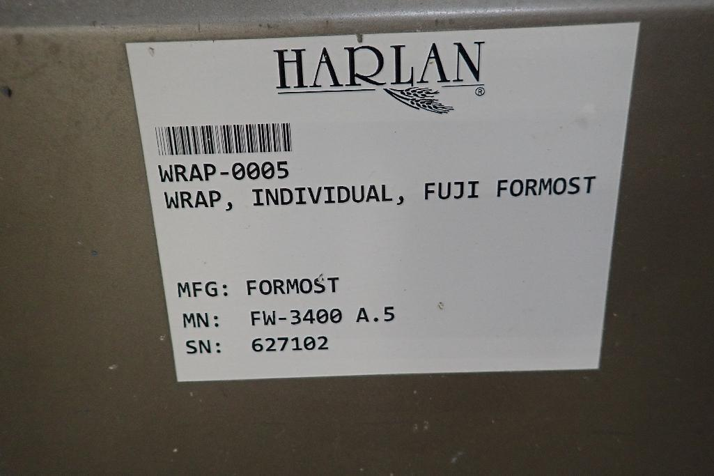 Lot 25 - Fuji foremost horizontal form-fill-seal machine, Model FW3400, SN 627102, 14 in. lug infeed, 17 in.