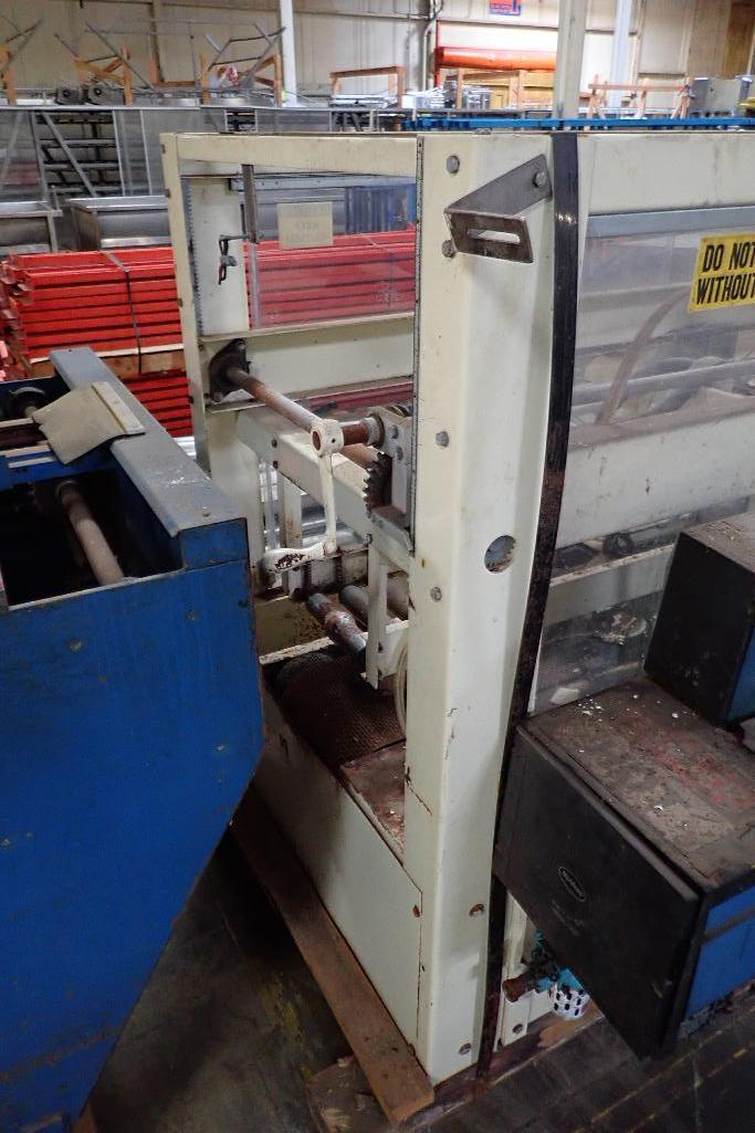 Lot 43 - Doboy top case sealer, Model VTS TAPE SEALER, SN 91-13268, Nordson top melt glue pot **Rigging FEE: