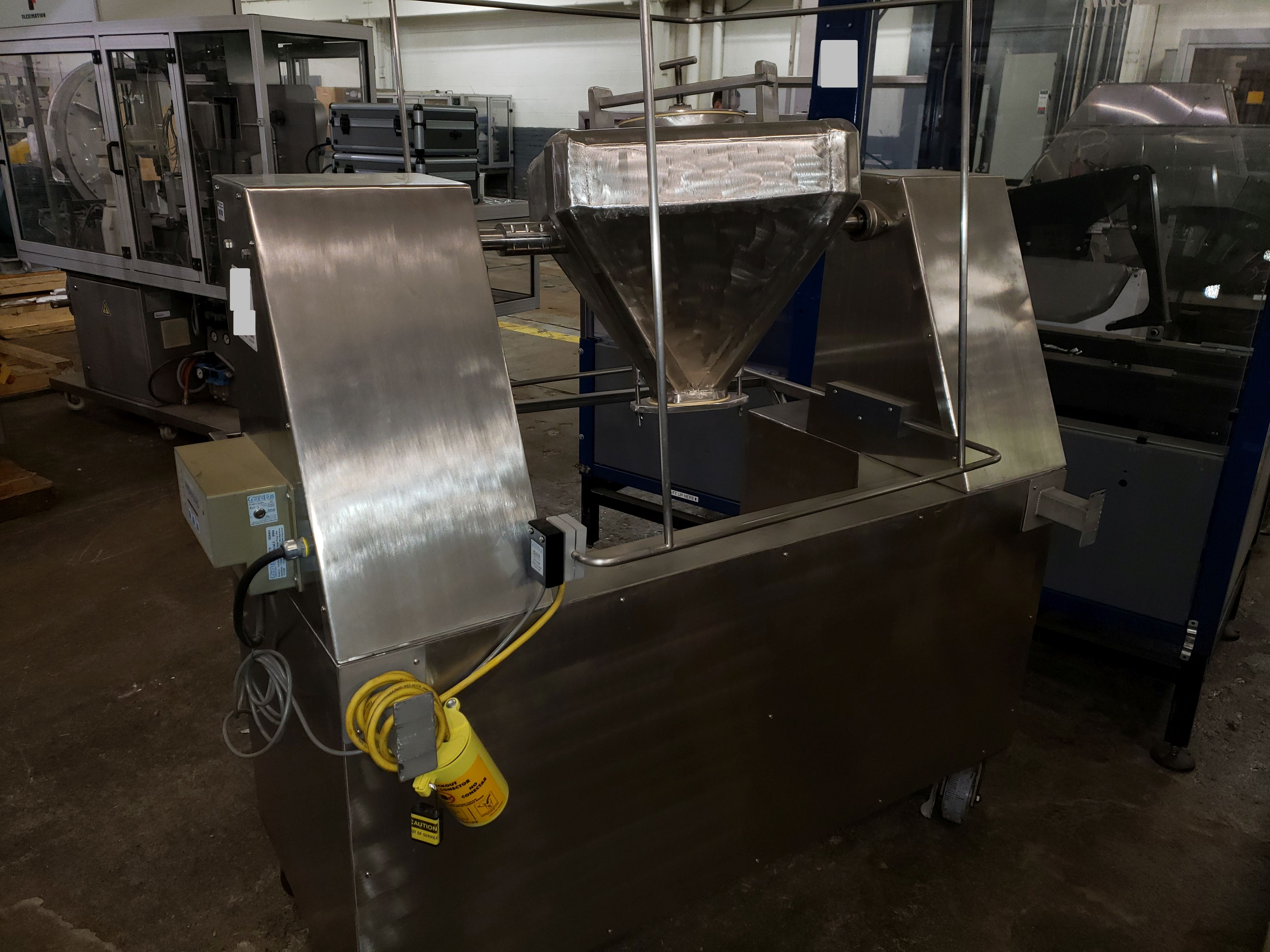 0.75 cu ft blender, stainless steel construction
