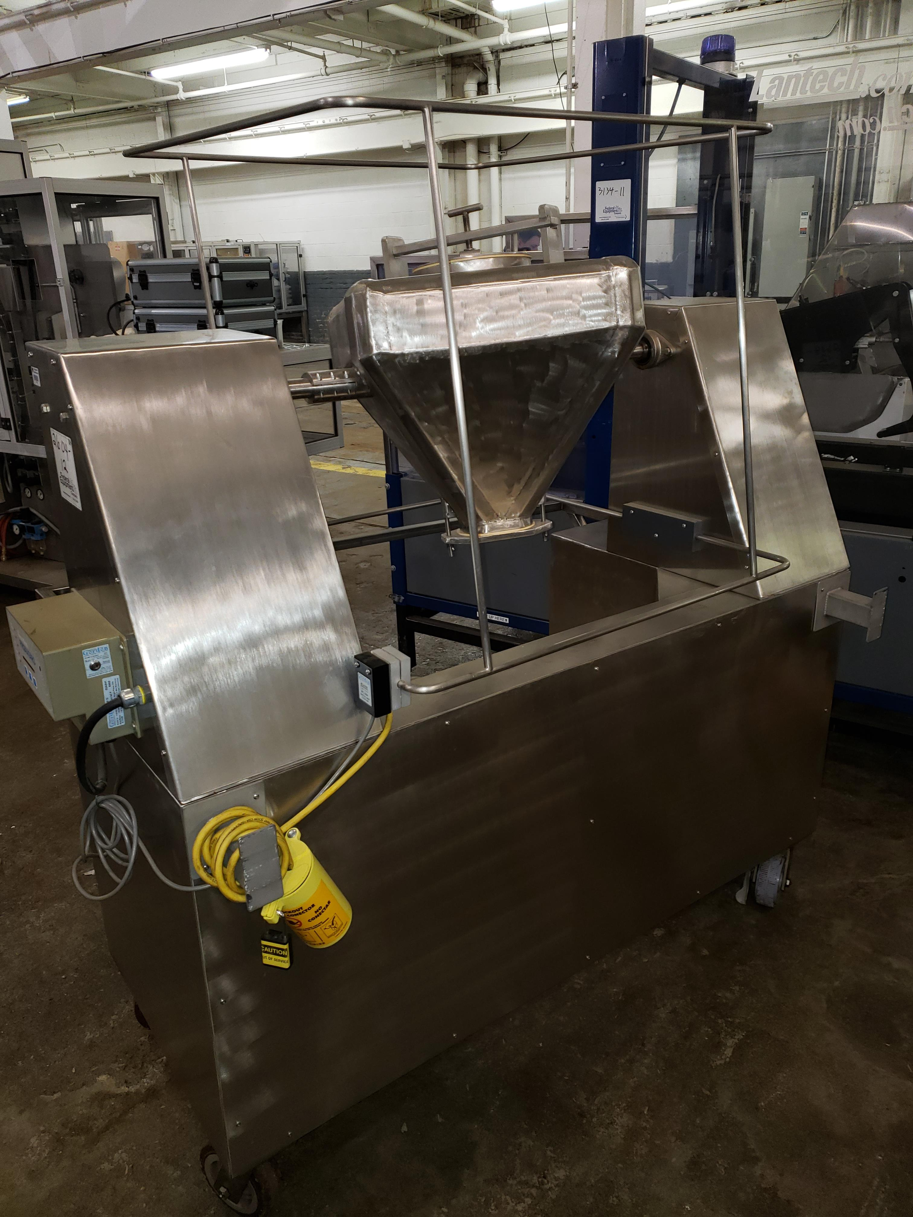 0.75 cu ft blender, stainless steel construction - Image 2 of 4